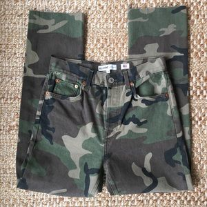 Re/Done High Rise Stove Pipe Raw Hem Camo Jeans F